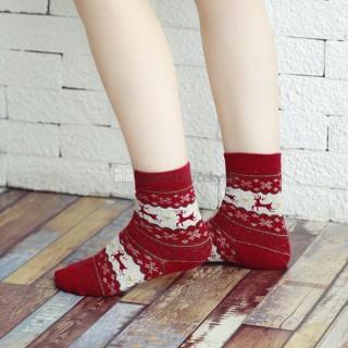 Zateplené dámske vianočné ponožky so sobíkmi a vločkami