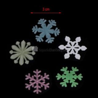 Fosforeskujúce svietiace vločky na stenu, okno alebo strop (50 ks v balení)