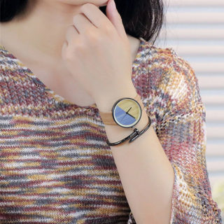 Náramkové hodinky Vansvar Maureen
